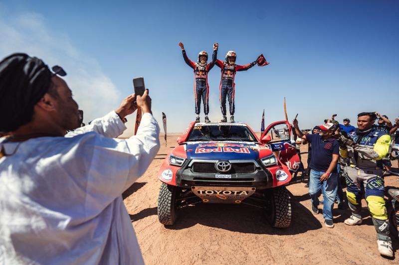 TOYOTA GAZOO Racing remporte le Rallye du Maroc 2021 grâce à la victoire historique de Nasser Al-Attiyah et Mathieu Baumel